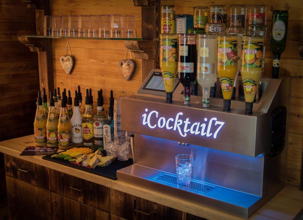 Die cocktailmaschine